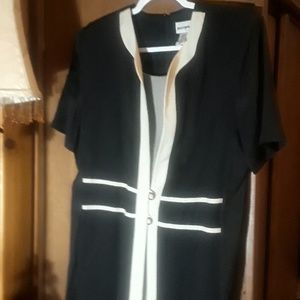 🐕🐕🐕🐕🐕🐕Irene B dress size 14